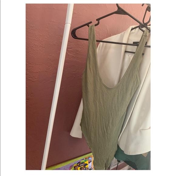 Tobi Tops - Olive green bodysuit